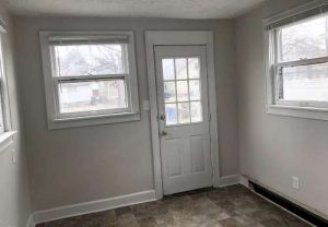 Office Space/Mudroom in Back